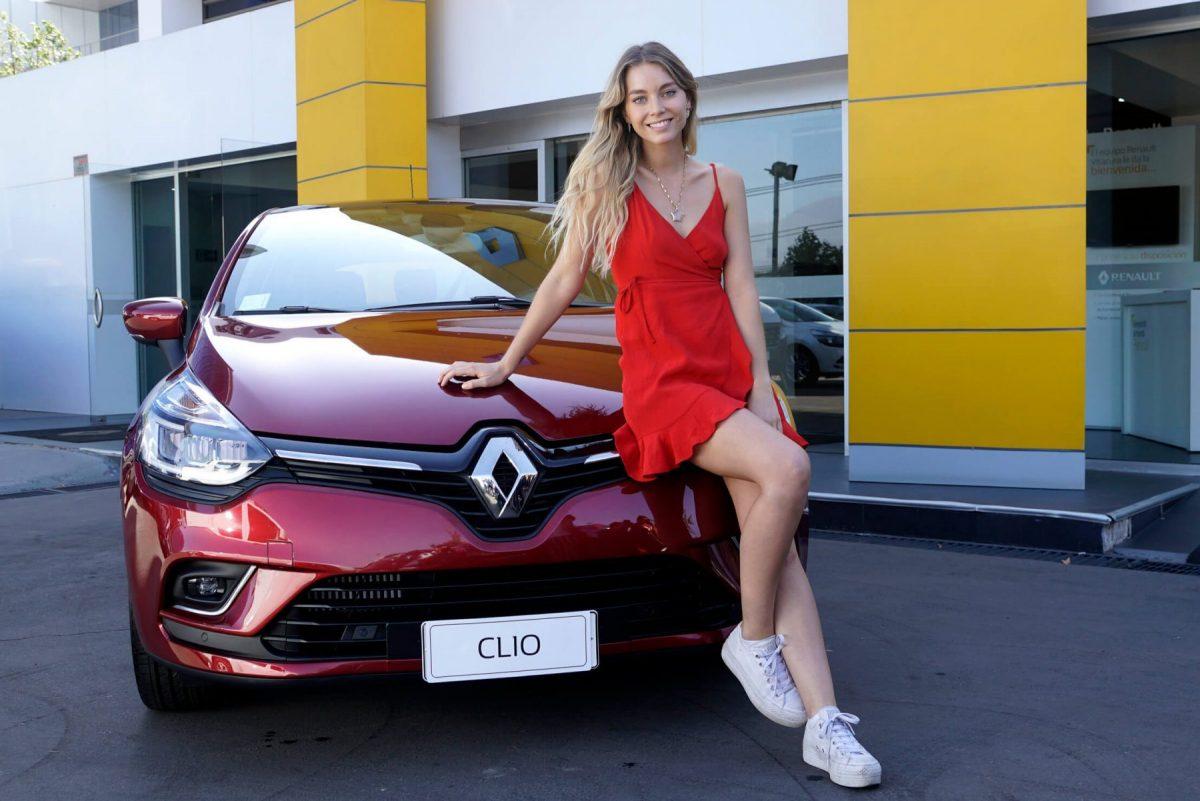 Vale Caballero se une a los rostros de Renault